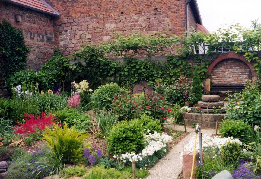The von Nida Winery Gardens