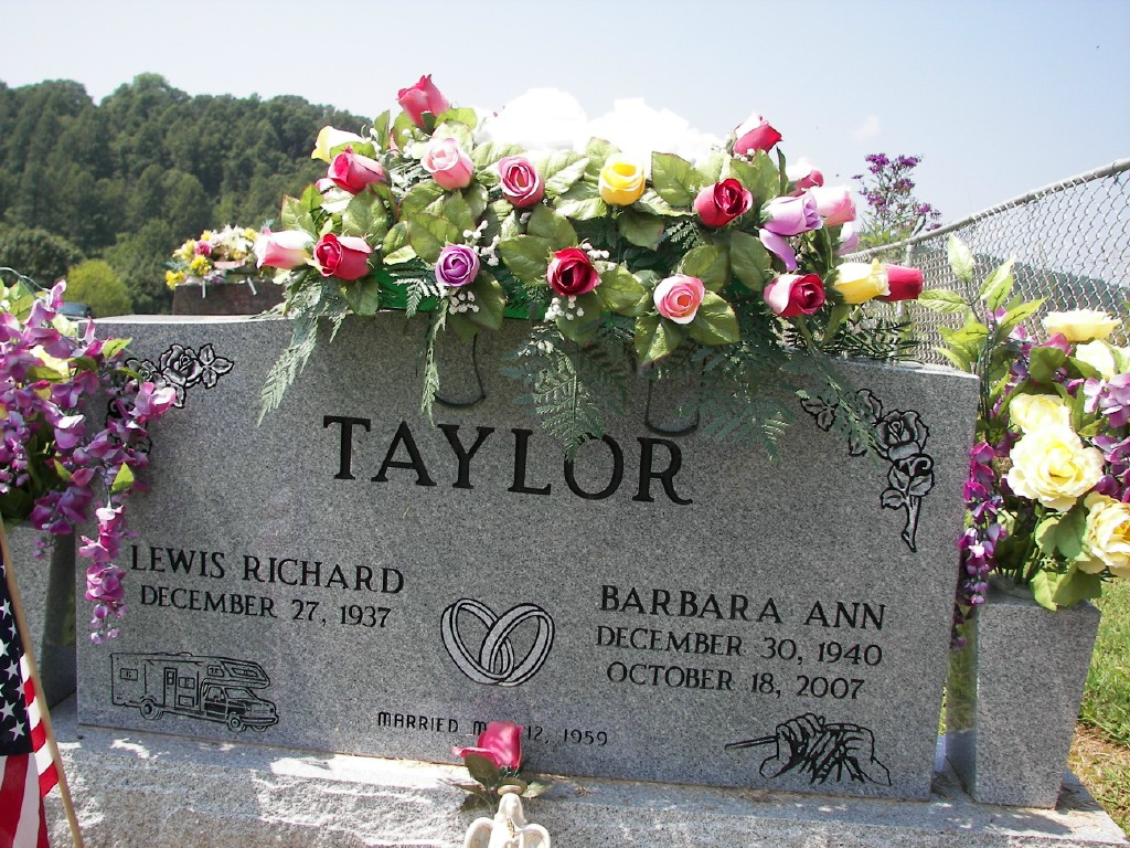 Lewis Richard and Barbara Ann Taylor grave marker